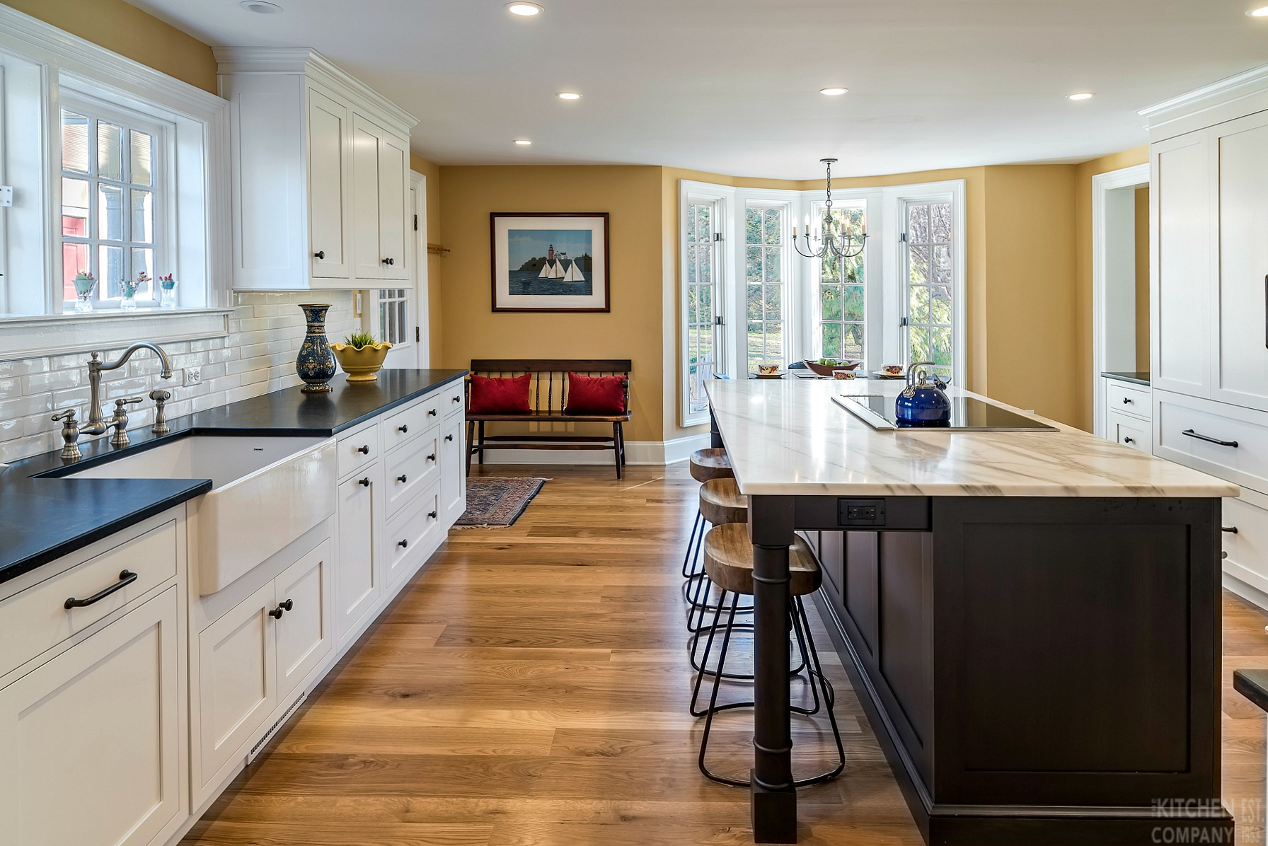 Traditional farmhouse kitchen in madison ct kitchen for Traditional farmhouse kitchens